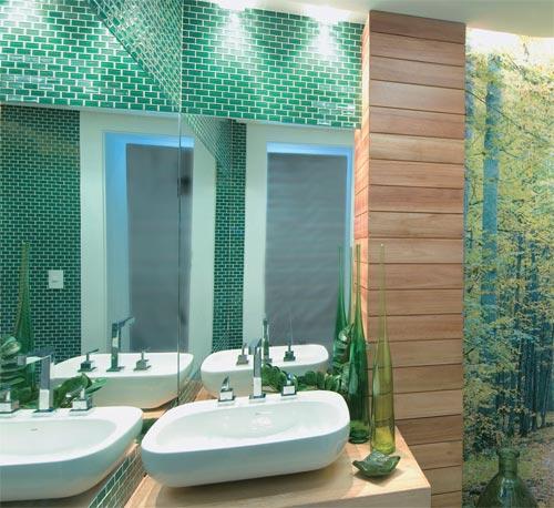 banheiros com pastilhas verde água