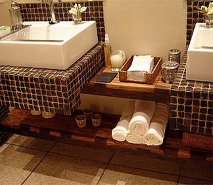 banheiro com pastilhasl