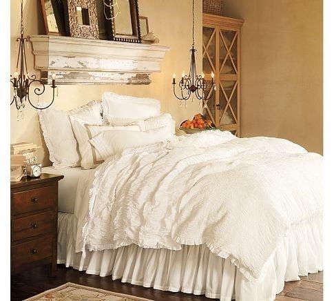 Fotos de decoração de quartos de casal pequenos