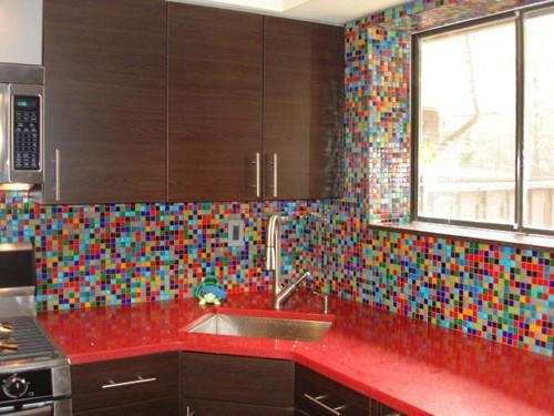 cozinhas com pastilhas coloridas